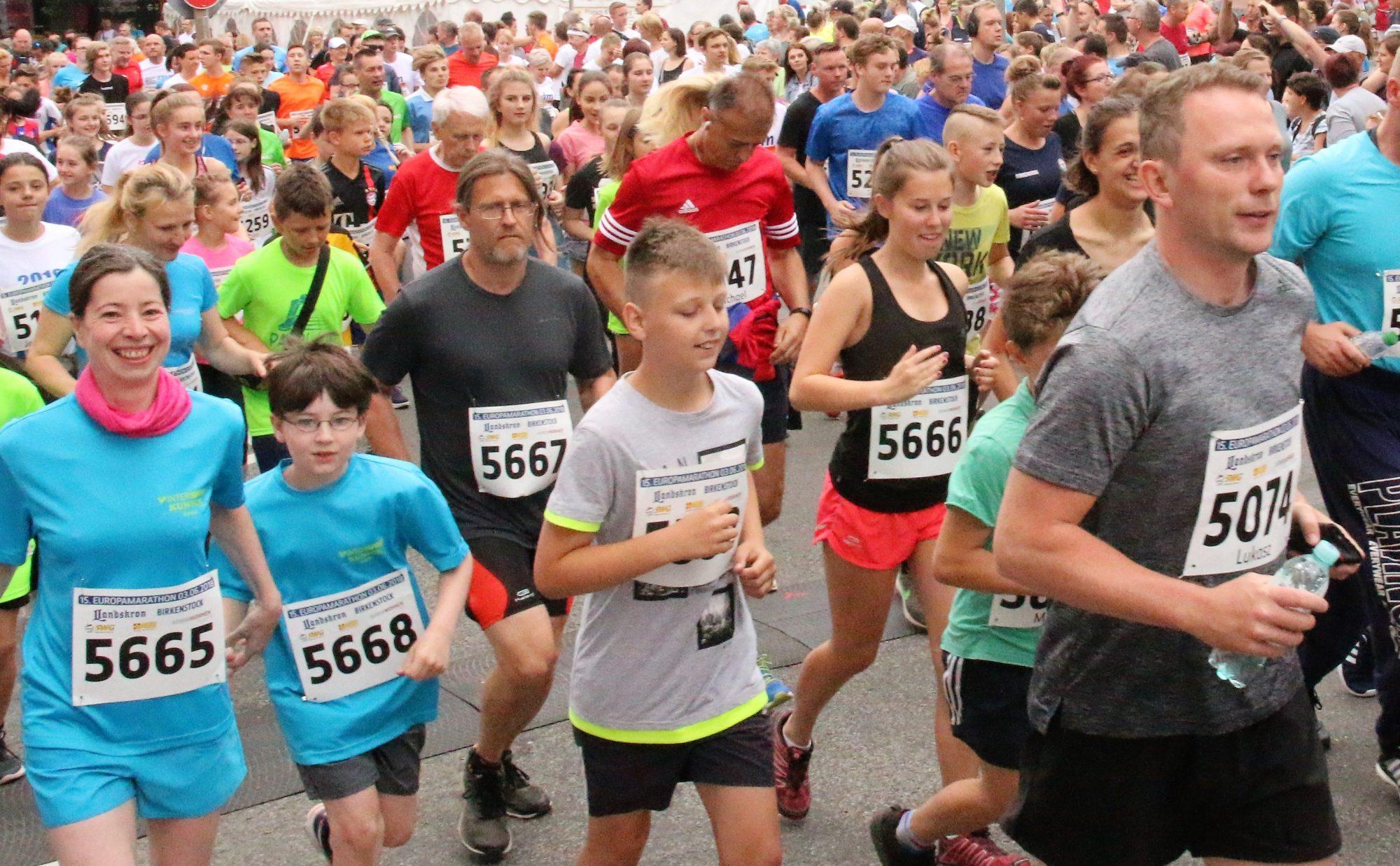 Gemeinsames Laufen für Jung und Alt